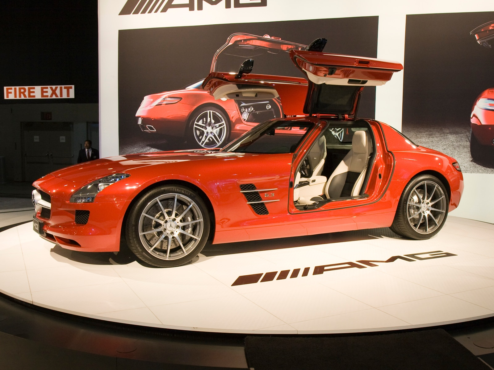 0912 01 Z 2011 Mercedes Benz SLS AMG Front Three Quarters View