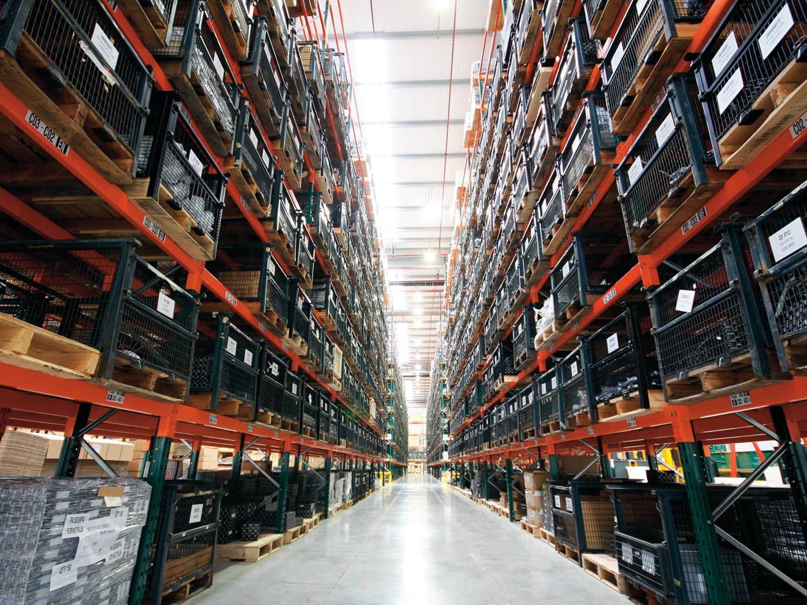0912 01 Z Bentleys Parts Warehouse Sale Crewe England