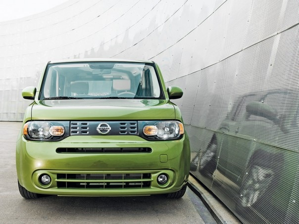 1001 02 Z 2010 Nissan Cube Front View 604x453