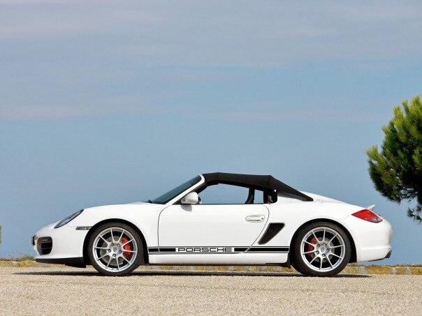 0911 02 Z 2011 Porsche Boxster Spyder Side 604x453