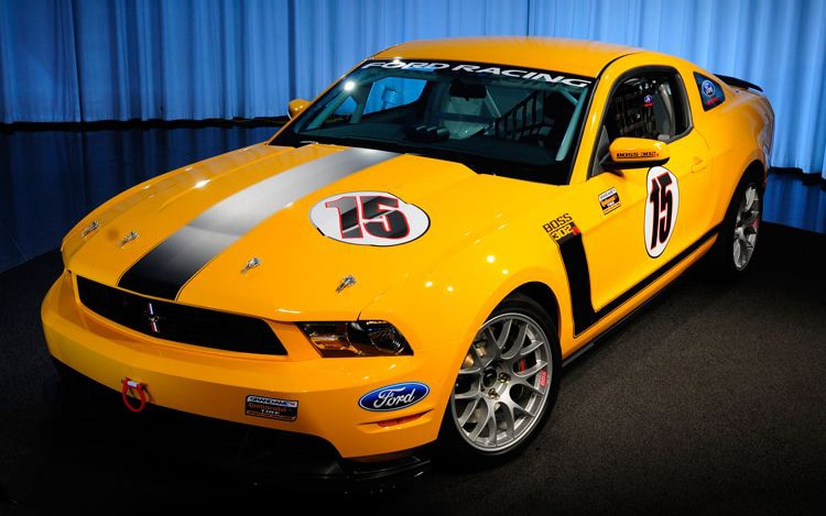 0912 03 Z 2011 Ford Mustang BOSS 302R Front Three Quarter View