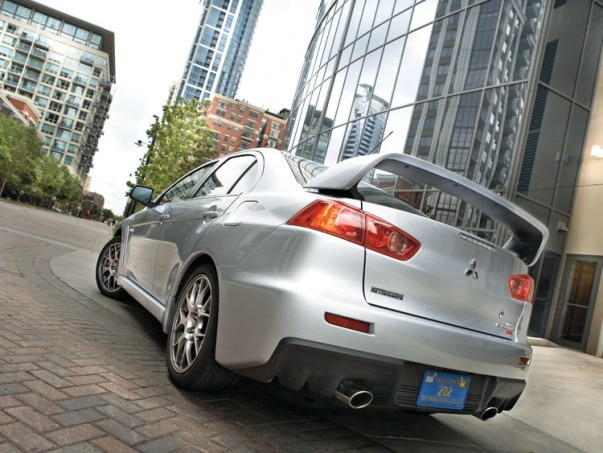 1001 01 Z 2008 Mitsubishi Lancer Evolution MR Rear Three Quarter View 603x453