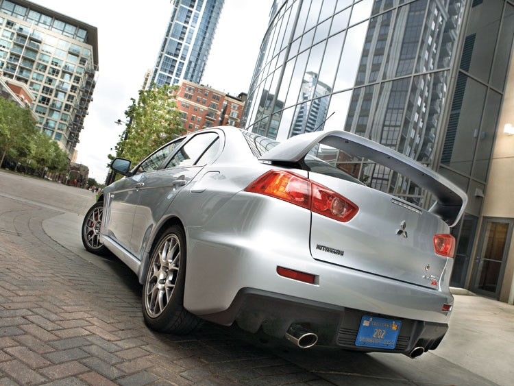 1001 01 Z 2008 Mitsubishi Lancer Evolution MR Rear Three Quarter View