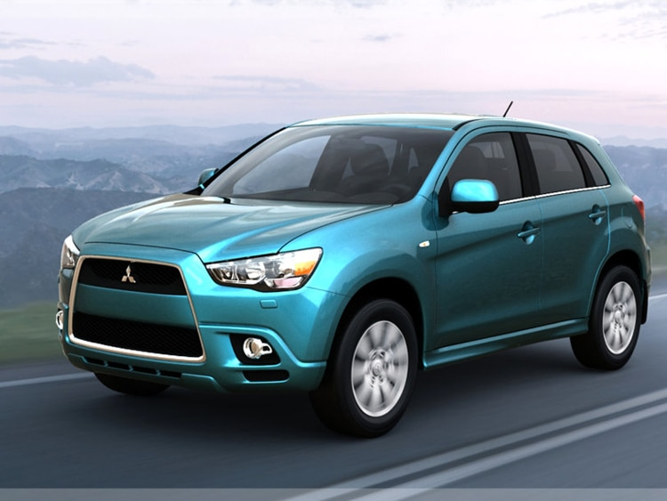 2009 los angeles mitsubishi drops outlander sport images. Black Bedroom Furniture Sets. Home Design Ideas