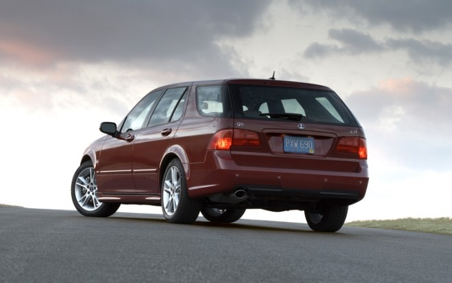 1001 01 Z 2009 Saab 9 5 SportCombi Rear Three Quarter View 660x413