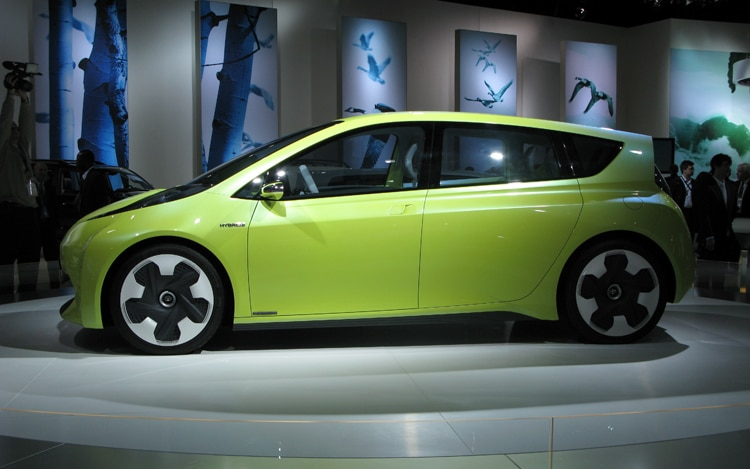 1001 03 Z Toyota FT CH Concept Side View