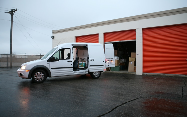 1001 06 Z 2010 Ford Transit Connect XLT Van Side View