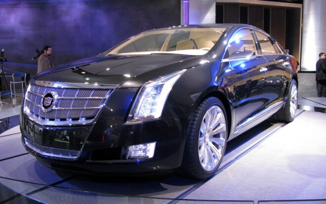 1001 06 Z Cadillac XTS Concept Front Three Quarter View 660x413