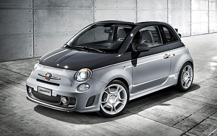 1002 01 Z 2010 Fiat Abarth 500c Front Three Quarter View