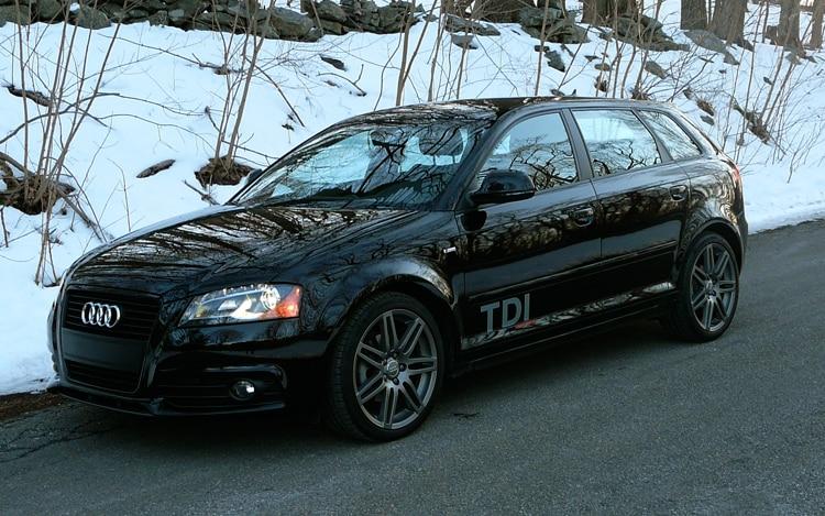 1002 02 Z 2010 Audi A3 TDI Front Three Quarter View
