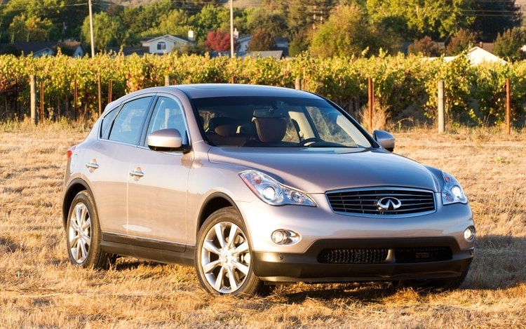 1002 08 Z 2010 Infiniti EX35 Journey AWD Front Three Quarter View