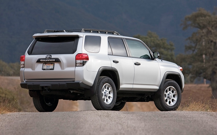 2010 toyota 4runner toyota compact suv review automobile magazine. Black Bedroom Furniture Sets. Home Design Ideas