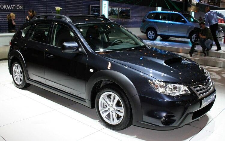 1003 07 Z 2010 Subaru Impreza XV Front Three Quarters View