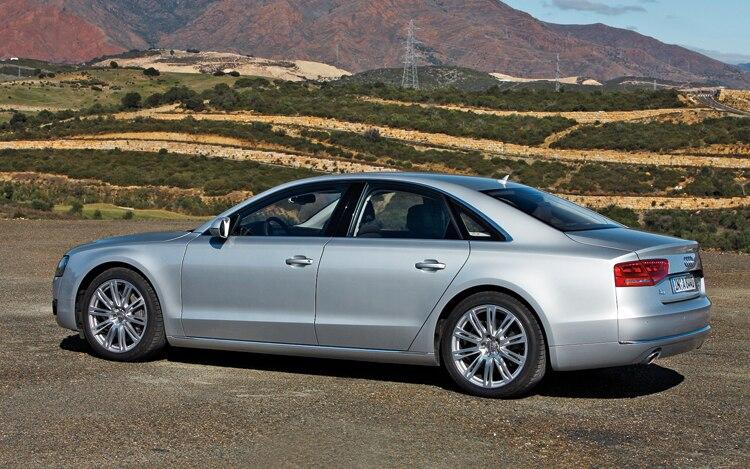 1005 Z 03 2011 Audi A8 Side View