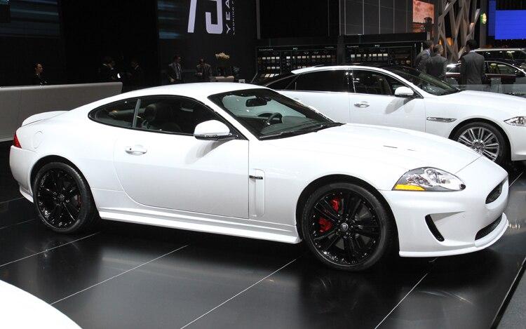 2011 Jaguar Xkr Speed Pack Front Thre Quarters Passenger