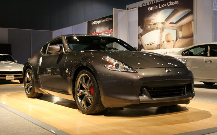 2010 chicago new nissan 370z model celebrates 40 years of. Black Bedroom Furniture Sets. Home Design Ideas