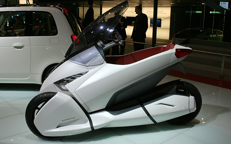 Honda 3r C Minimal Transport Vehicle Side View