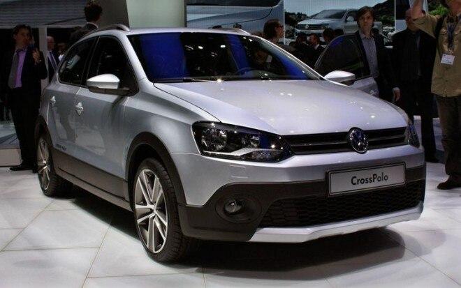 Volkswagen Crosspolo Front Three Quarter View1 660x413
