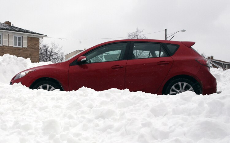 1003 02 Z 2009 Mazda3 Sport Side View In Snow