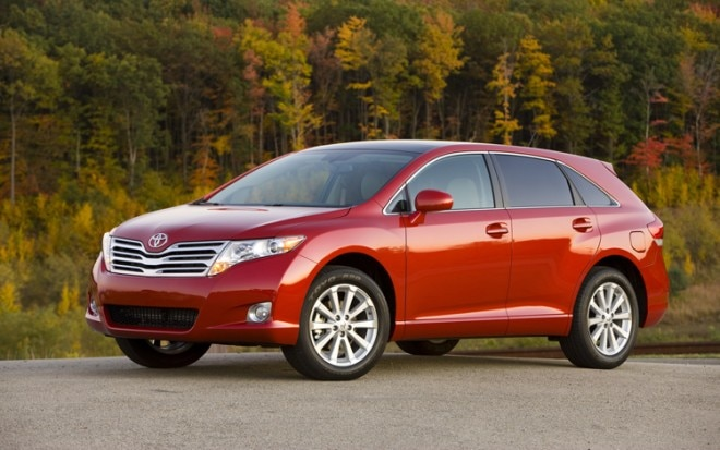 1003 02 Z 2010 Toyota Venza AWD Front Three Quarter View 660x413