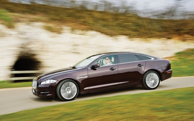 1005 08 2011 Jaguar XJ Side View 660x413