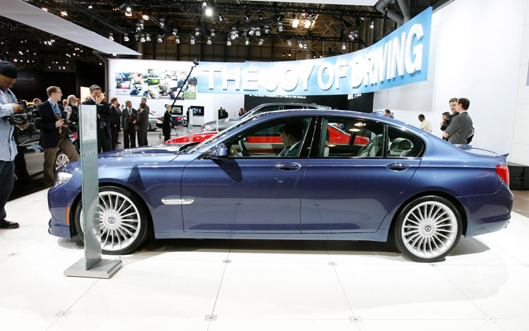 2011 BMW Alpina B7 Side1