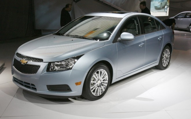 2011 Chevrolet Cruze Eco Front Three Quarter View1 660x413