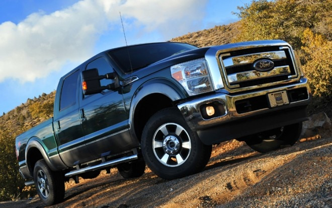 2011 Ford F 250 Super Duty Crew Cab Front Three Quarters View 660x413