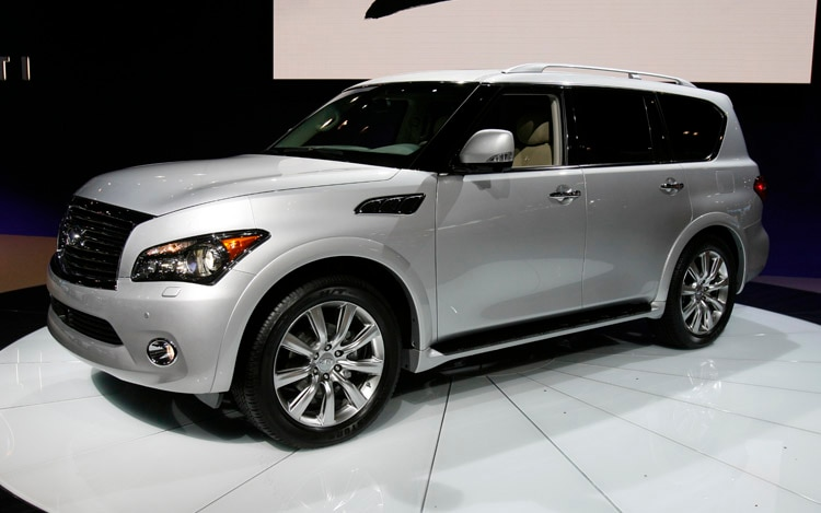 2011 Infiniti QX56 Front Three Quarter View