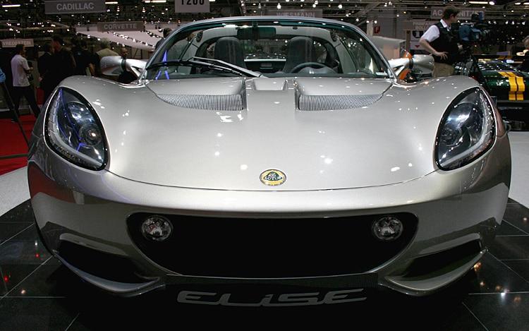 2011 Lotus Elise Front1