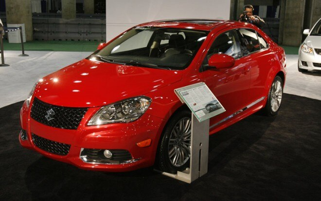 2011 Suzuki Kizashi Sport Front Three Quarter View 660x413