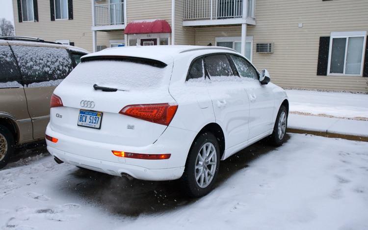 1003 01 Z 2010 Audi Q5 3 2 Rear Three Quarter View