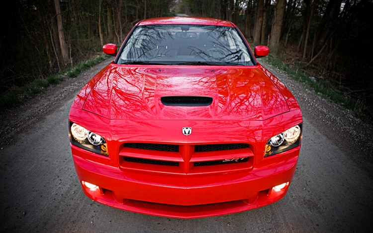 1004 05 2010 Dodge Charger SRT8 Front View