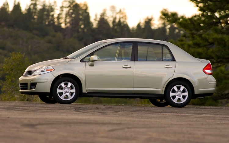2010 Nissan Versa Sedan 1.6   Nissan Compact Sedan Review .