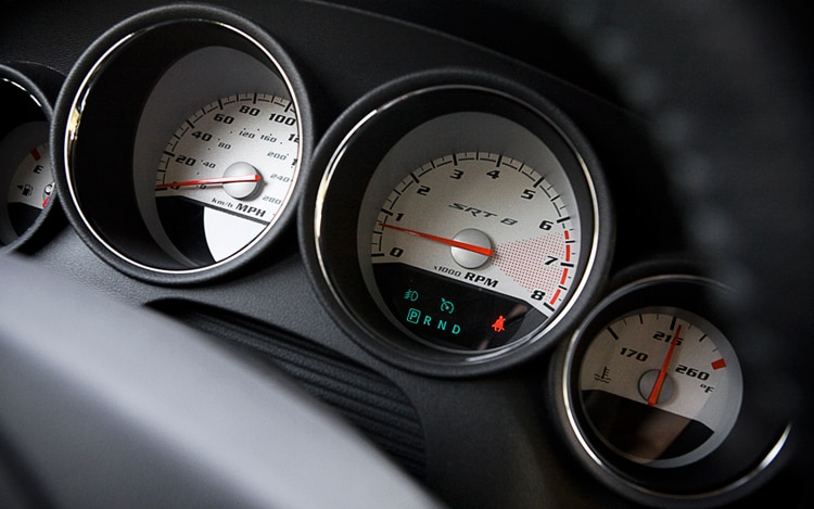 1004 07 2010 dodge charger srt8 gauges1 - Dodge Charger 2010 Srt8