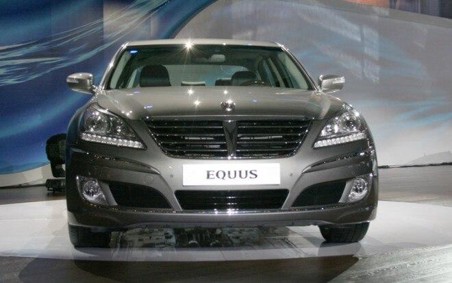 2011 Hyundai Equus Front