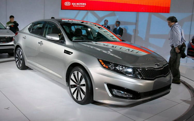 2011 Kia Optima Front Three Quarter2