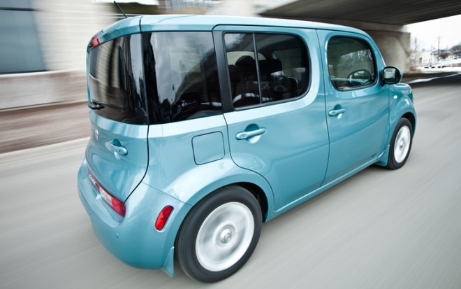 1004 02 2009 Nissan Cube SL Rear Three Quarter View 660x413