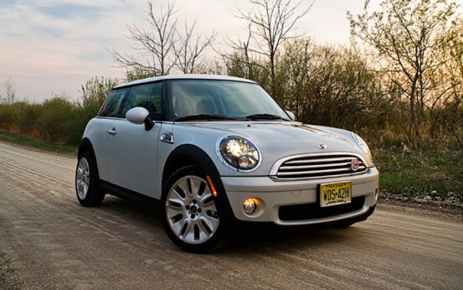 1004 04a 2010 Mini Cooper Camden Edition Front Three Quarter View 660x413
