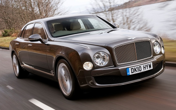 1005 01 Z 2011 Bentley Mulsanne Front Three Quarters View