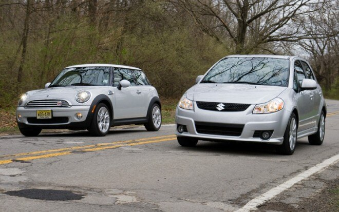 1005 02 2010 Suzuki SX4 Sportback Vs 2010 Mini Cooper Front Three Quarter View 660x413