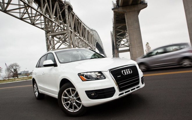 1005 06 2010 Audi Q5 3 2 Front Three Quarter View 660x413