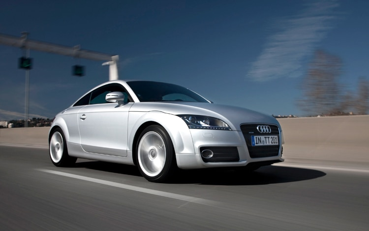 1005 06 2011 Audi TT Coupe Front Three Quarter View