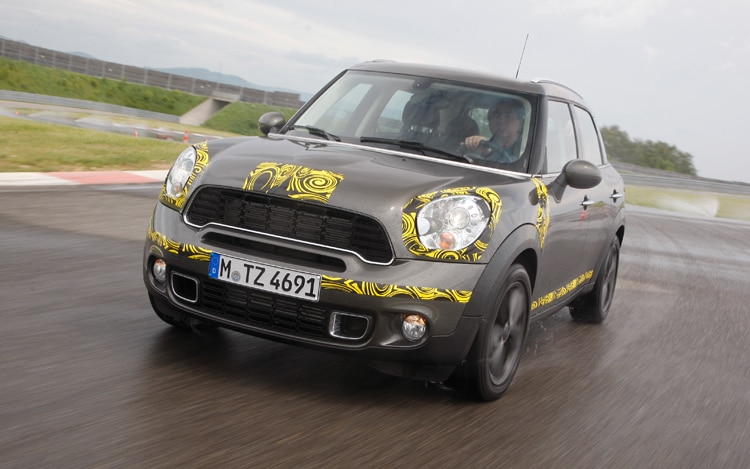 1005 14 Mini Countryman Front Three Quarter View