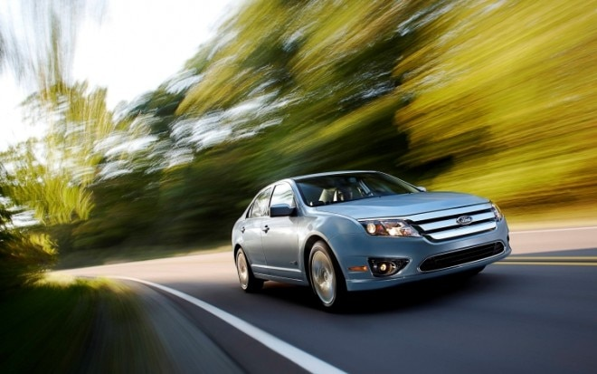 2010 Ford Fusion Hybrid Front Three Quarter2 660x413