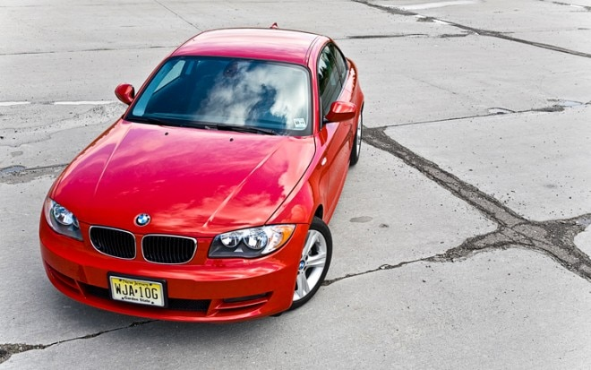2010 BMW 128i Coupe Front View1 660x413