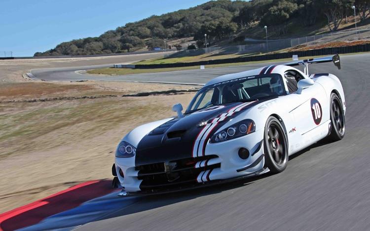 2010 Dodge Viper ACR X Front Three Quarters Driver