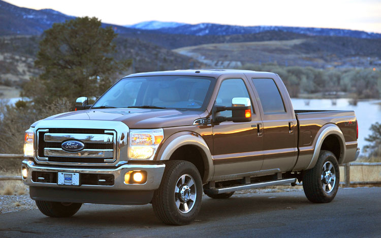 2011 Ford F Series Super Duty Front Three Quarters2