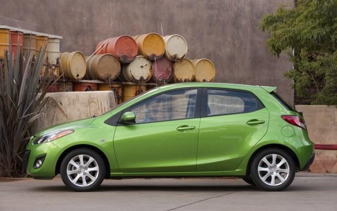 2011 Mazda2 Side2 660x413