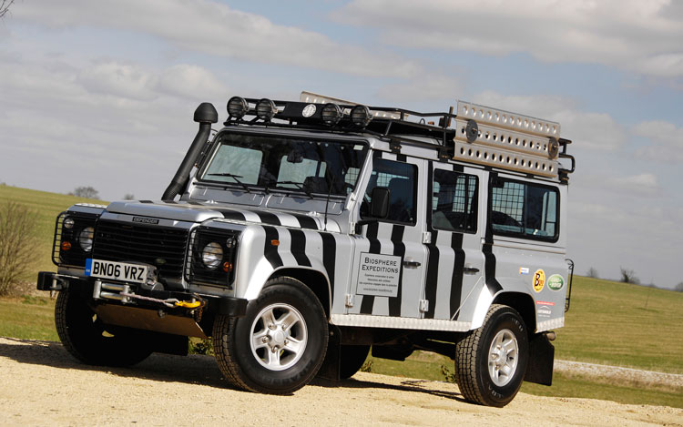 Land Rover Defender Driver Front Three Quarter1